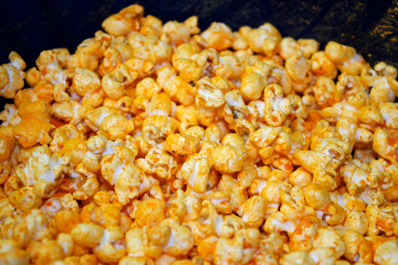 Chicago Mix Popcorn 6