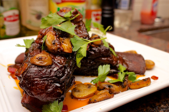 Claudia's Cookbook - Red Wine Braised Short Ribs 21
