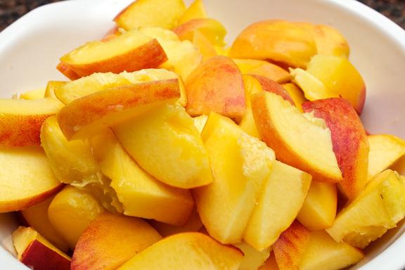 Claudia's Cookbook - Peach Crisp with Maple Cream Sauce 4