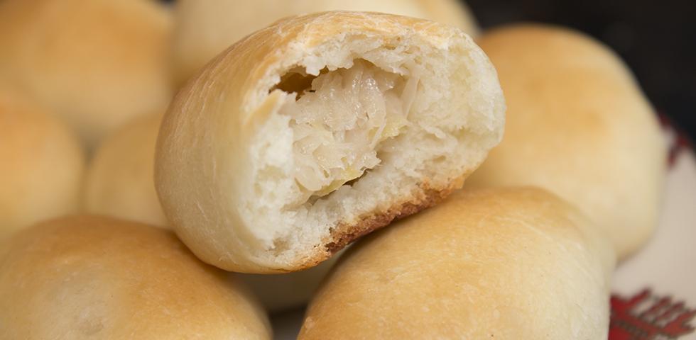 © Claudia's Cookbook - Cabbage Buns Slider