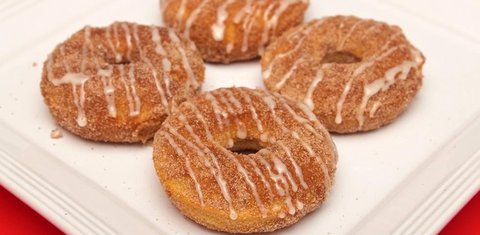 © Claudia's Cookbook - Browned Butter Eggnog Snickerdoodle Doughnuts