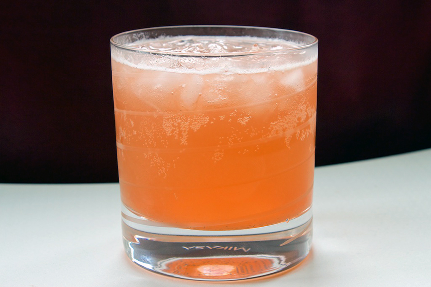 © Claudia's Cookbook - Strawberry Rhubarb Fizz Cocktail 17