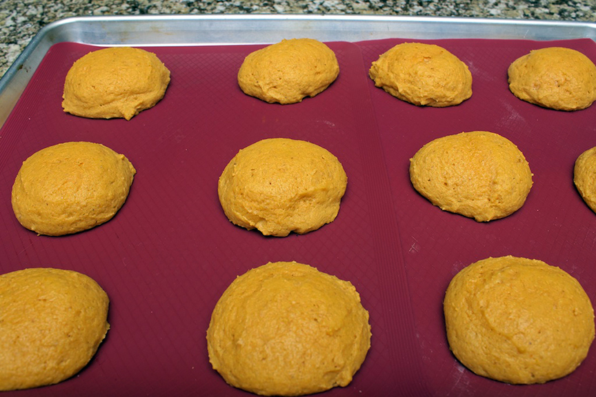 claudias-cookbook-melt-in-your-mouth-pumpkin-cookies-13