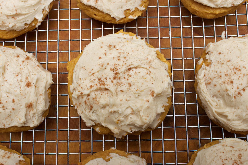 claudias-cookbook-melt-in-your-mouth-pumpkin-cookies-20