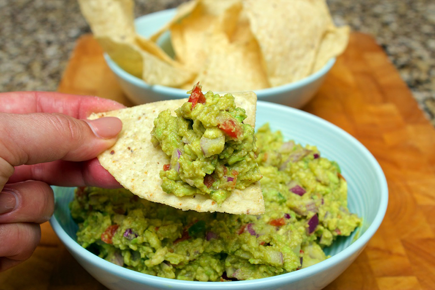 claudias-cookbook-the-best-guacamole-11
