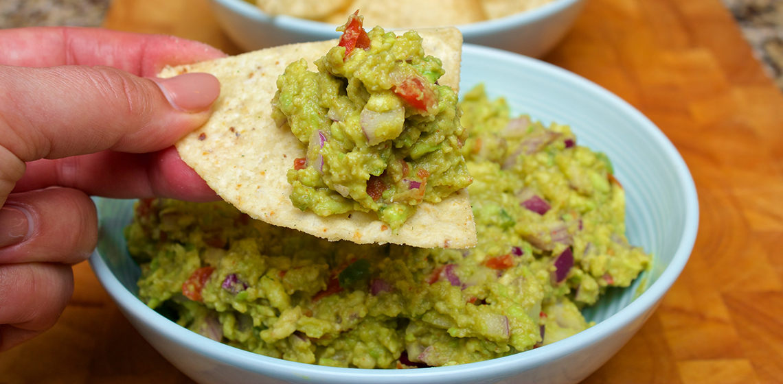 claudias-cookbook-the-best-guacamole